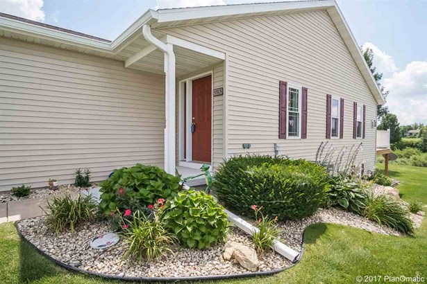Ranch-1 Story,Shared Wall/Half duplex,End Unit - Madison, WI (photo 1)