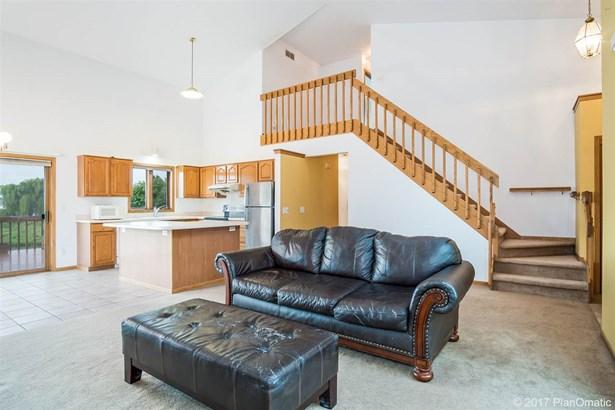 2 story, Prairie/Craftsman - Madison, WI (photo 4)