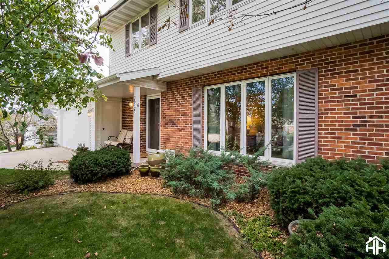 Contemporary,Colonial,Other, 2 story - Madison, WI (photo 3)