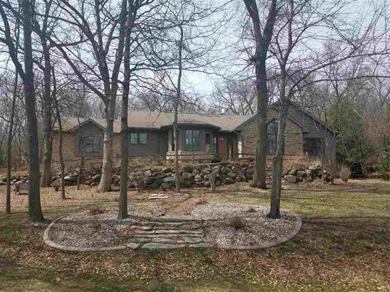 1 story, Contemporary - DeForest, WI (photo 1)