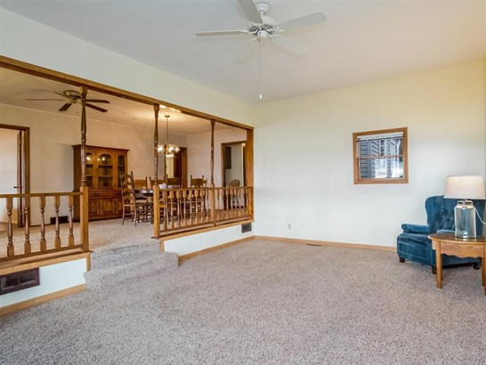 1 story, Ranch - Pardeeville, WI (photo 4)