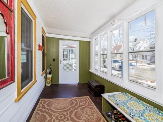 1 1/2 story, Bungalow - Madison, WI (photo 2)