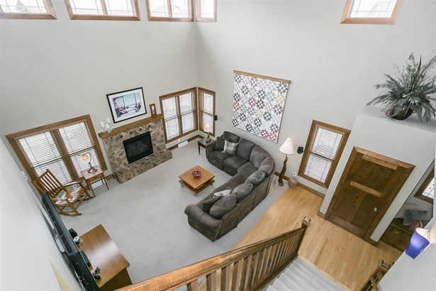 2 story, Colonial,Prairie/Craftsman - Madison, WI (photo 3)