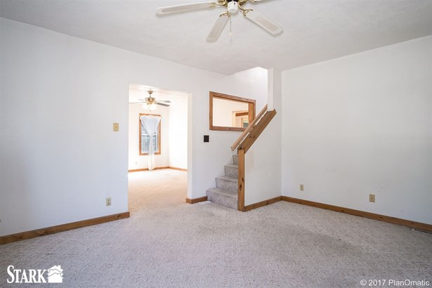 2 story, Bungalow - Cottage Grove, WI (photo 5)