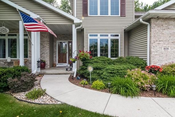 2 story, Prairie/Craftsman - Stoughton, WI (photo 3)