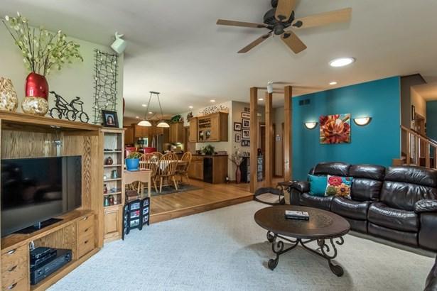 2 story, Prairie/Craftsman - Stoughton, WI (photo 5)