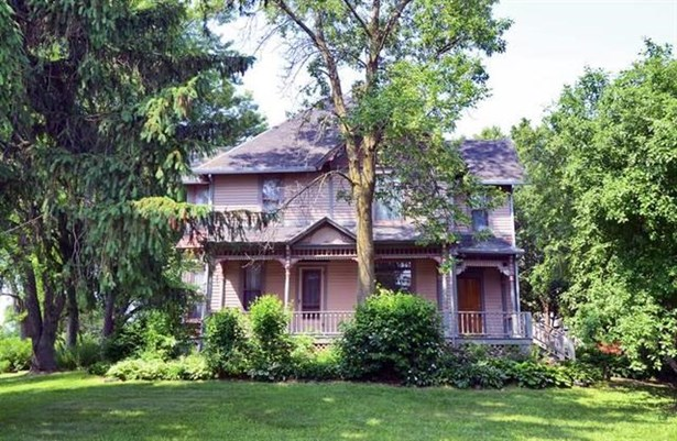 2 story, Victorian - Brooklyn, WI (photo 1)