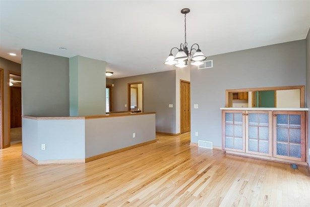 1 story, Ranch,Contemporary,Transitional - Belleville, WI (photo 3)