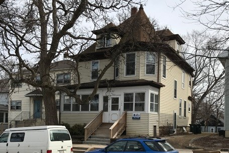 3 story,2 flat-up and down - Madison, WI (photo 1)
