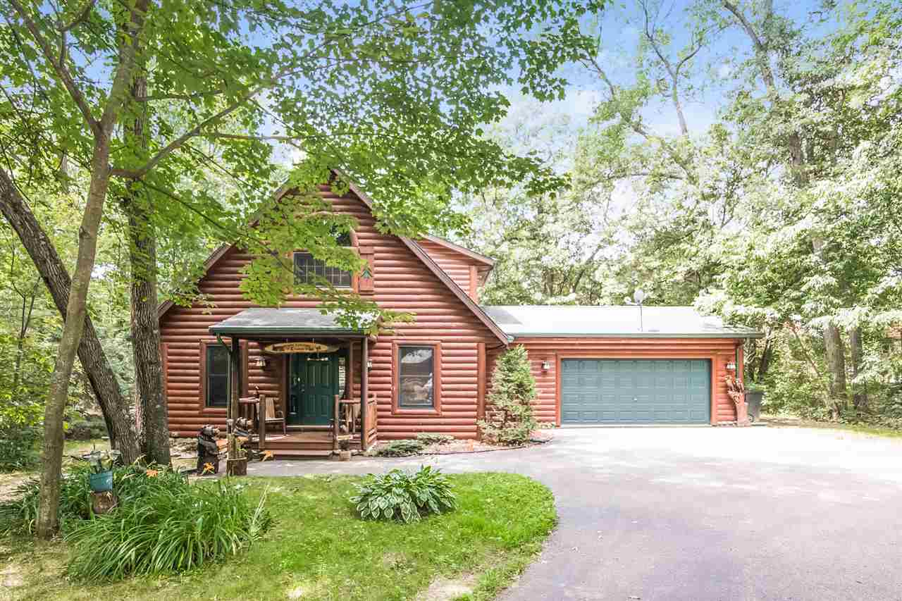 2 story, Bungalow - Wisconsin Dells, WI