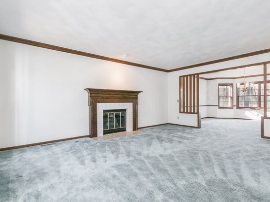 Colonial, 2 story - Fitchburg, WI (photo 4)