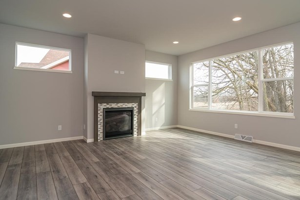 2 story,New/Never occupied, Other - Sun Prairie, WI (photo 3)