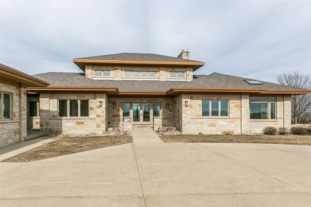 1 story, Contemporary,Prairie/Craftsman - Barneveld, WI (photo 2)