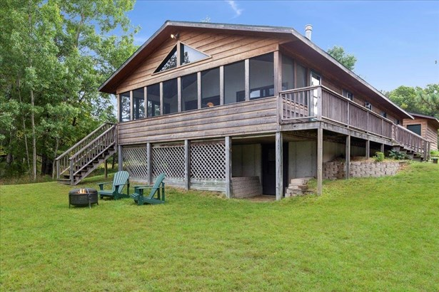 Ranch-1 Story - Oxford, WI