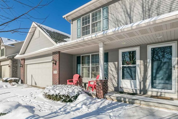 Contemporary,Colonial, 2 story,Shared Wall/HalfDuplex - Madison, WI (photo 1)