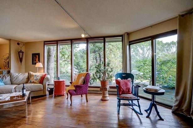Contemporary,Raised Ranch, Multi-level - Fitchburg, WI (photo 4)