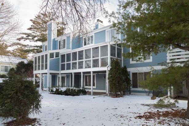 Contemporary,Other, 2 story,Shared Wall/HalfDuplex - Madison, WI (photo 2)