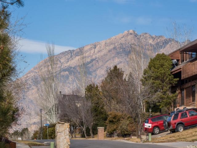 8088 S Mountain Oaks Cir, Cottonwood Heights, UT - USA (photo 2)