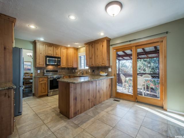 8088 S Mountain Oaks Cir, Cottonwood Heights, UT - USA (photo 5)