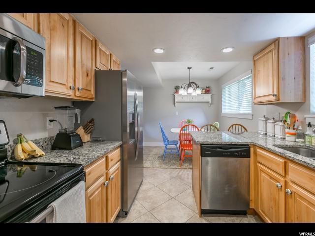 2605 E Canterbury Ln, Cottonwood Heights, UT - USA (photo 3)