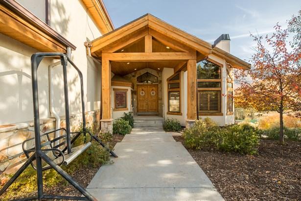 5350 E Pioneer Fork Rd N, Salt Lake City, UT - USA (photo 4)