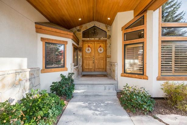 5350 E Pioneer Fork Rd N, Salt Lake City, UT - USA (photo 5)