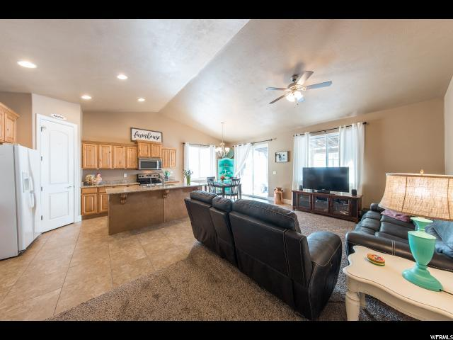2425 S Cottage Cv, Saratoga Springs, UT - USA (photo 3)