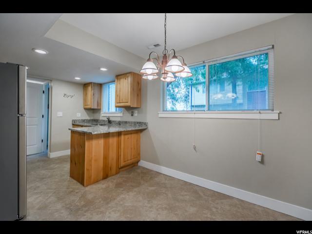 2577 E Canterbury, Cottonwood Heights, UT - USA (photo 5)