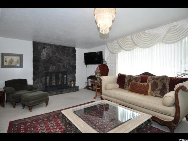 2323 Campus Dr, Cottonwood Heights, UT - USA (photo 3)
