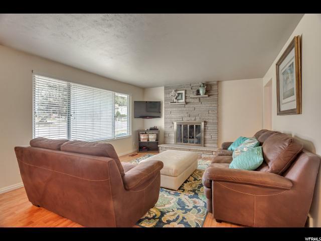 6850 S 1495  E, Cottonwood Heights, UT - USA (photo 3)