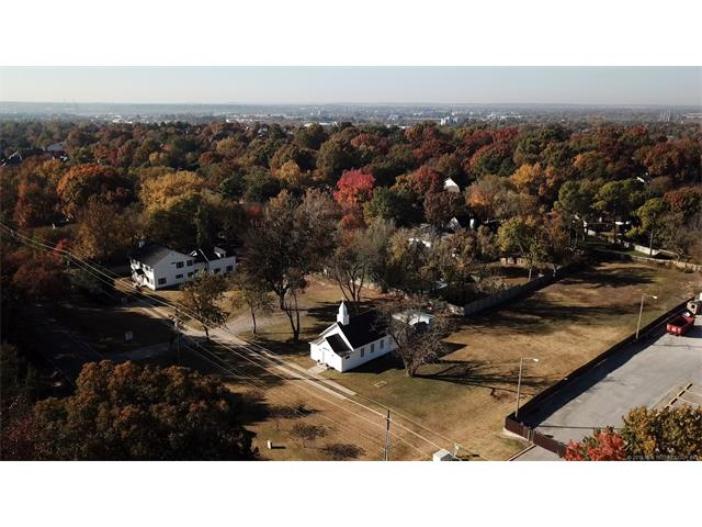 Colonial, House - Tulsa, OK (photo 4)
