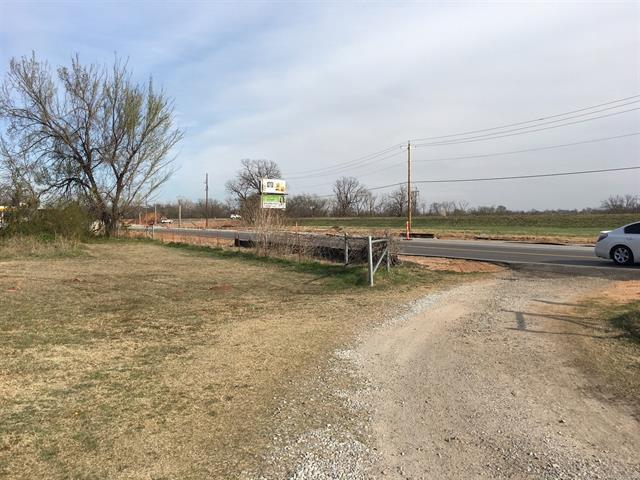 Ranch, House - Jenks, OK (photo 4)