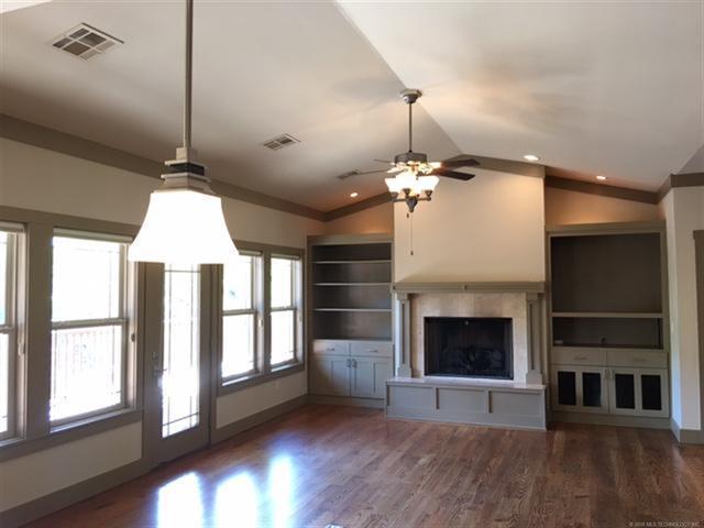 Craftsman, House - Grove, OK (photo 3)