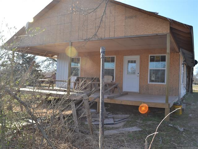 House, Bungalow - Wynona, OK (photo 1)