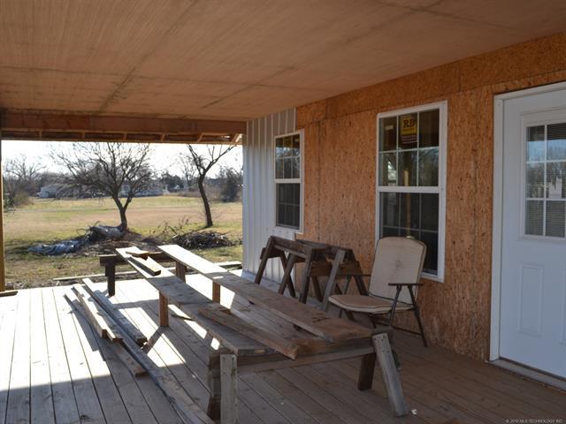 House, Bungalow - Wynona, OK (photo 2)