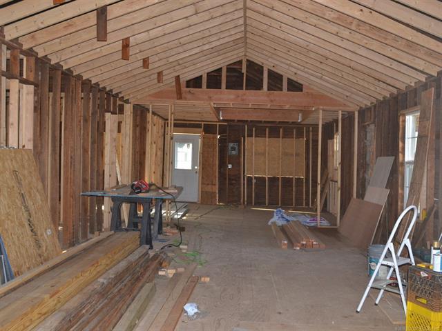 House, Bungalow - Wynona, OK (photo 3)