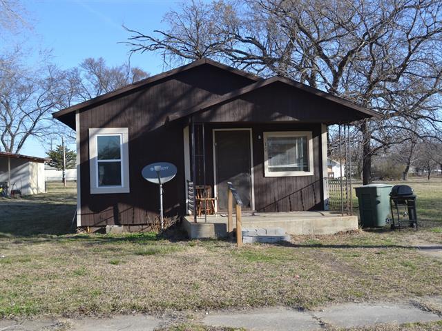 House, Bungalow - Wynona, OK