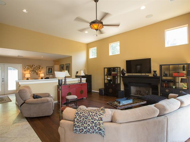 Spanish/Mediterranean, House - Eucha, OK (photo 4)