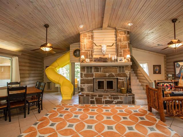 Log, House - Vinita, OK (photo 3)