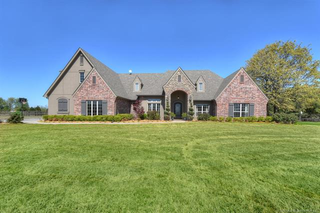 House, Other - Claremore, OK (photo 1)