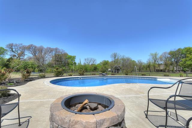 House, Other - Claremore, OK (photo 5)