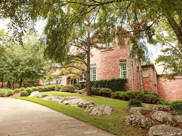 Colonial, House - Jenks, OK