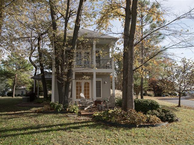 Cabin, House - Ketchum, OK (photo 1)