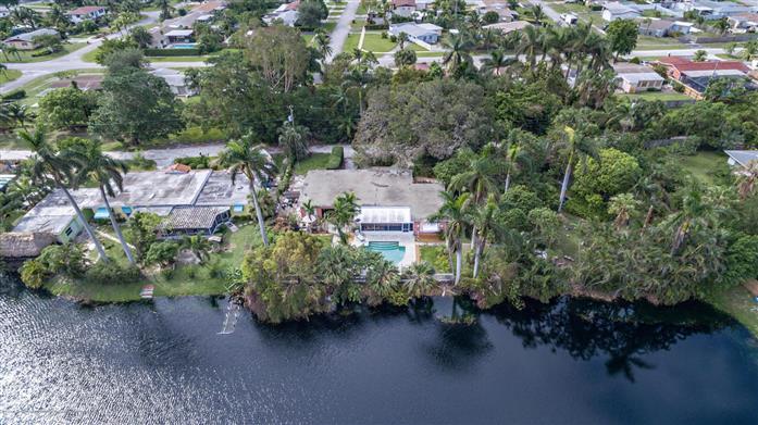 1200 Pine Road, West Palm Beach, FL - USA (photo 1)