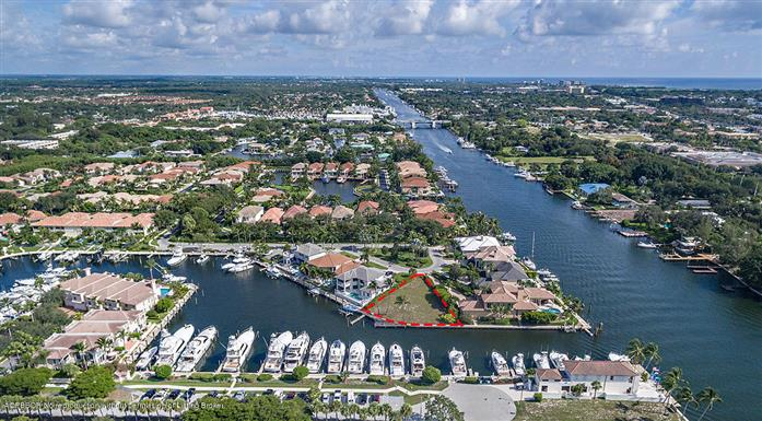 717 Harbour Point Drive, North Palm Beach, FL - USA (photo 1)