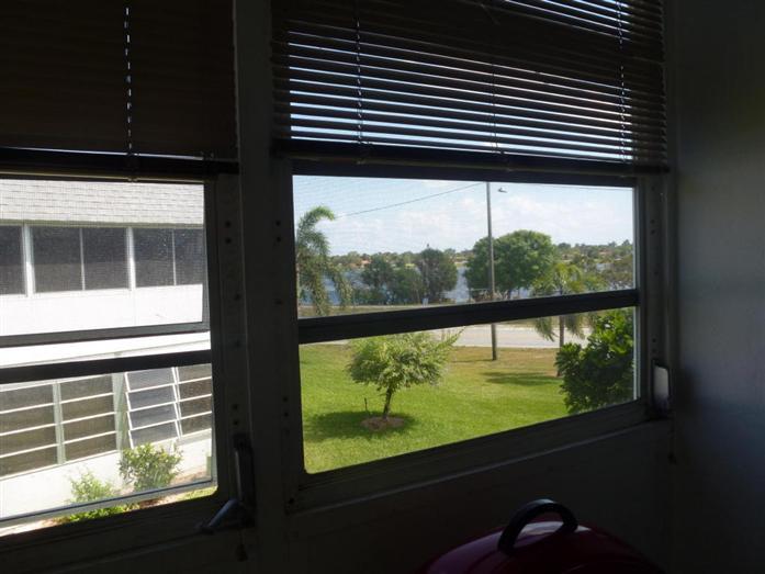 3120 Lake Osborne Drive 205, Lake Worth, FL - USA (photo 2)