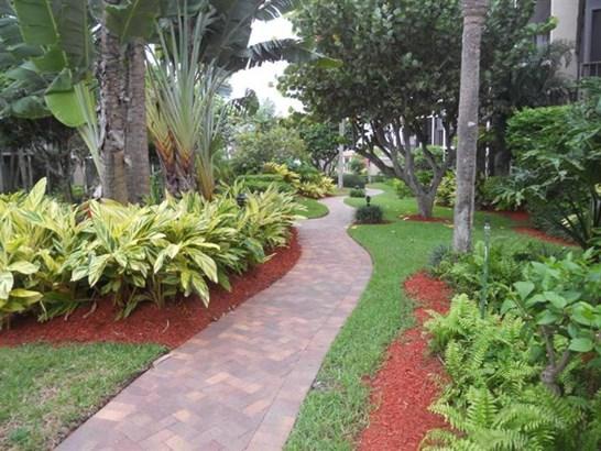 3605 S Ocean Blvd 309, South Palm Beach, FL - USA (photo 1)