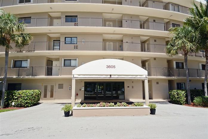 3605 S Ocean Blvd 309, South Palm Beach, FL - USA (photo 2)