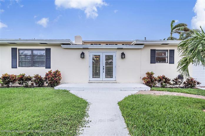 126 Beverly Road, West Palm Beach, FL - USA (photo 2)