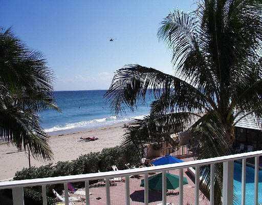 3590 S Ocean Blvd 304, South Palm Beach, FL - USA (photo 1)